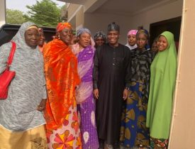 Tambuwal-rejoices-with-Sokoto-women-ahead-of-the-official-declaration-of-result–e1553421110921