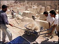 Archaeologists excavate the Euphrates