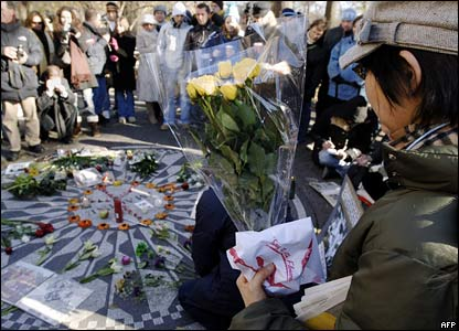 Fans laying flowers in New York on 8 December 2005