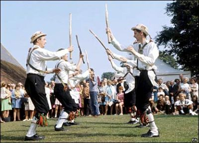 Morris dancers (Pic from http://www.news.bbc.co.uk)