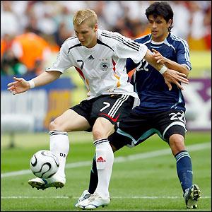 Schweinsteiger ha posto fine alle speculazioni sul suo nome rinnovando col Bayern