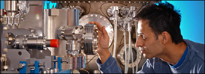 Engineer Nigel Bennett at Diamond (Diamond Light Source Ltd)
