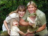 Steve Irwin with his wife Terri and daughter Bindi Sue