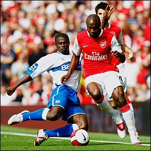 William Gallas in action against Middlesbrough