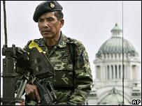 Soldier outside government house, Bangkok, September 2006