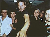 Michael Hutchence (centro) era el miembro más conocido de la banda.