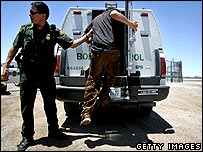 US border police make an arrest