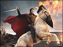 En su blanco corcel, el valiente pr�ncipe David Beckham.