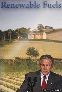 El presidente Bush ha hablado a favor del uso de etanol.
