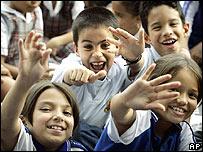 Niños colombianos propusieron nuevas palabras, rescataron otras y eligieron sus favoritas.