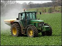 El etanol se produce con ma�z, caña de azúcar o remolacha.