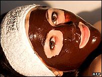 Existen todo tipo de tratamientos para mantener la piel joven.