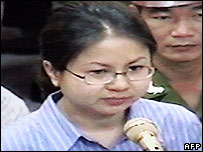 Le Thi Cong Nhan in court in Hanoi on 11 May 2007