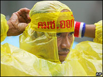 Thaksin supporter in headband urging people to reject the draft, July 2007