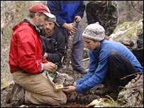 Tom McCarthy and Bayad (Snow Leopard Trust)