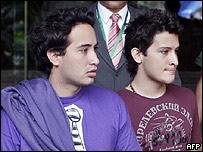 Juan Sebastian y Daniel, hijos de Gloria Polanco de Lozada.