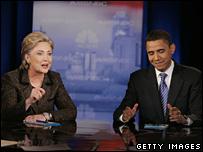 Hillary Clinton y Barack Obama en el debate en Ohio