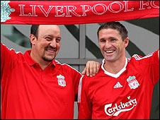Liverpool striker Robbie Keane (right) with boss Rafael Benitez