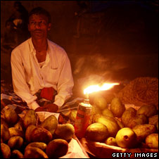 Mango seller in Dhaka