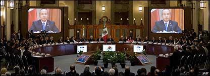 Felipe Calderón encabeza reunión del Consejo Nacional de Seguridad Pública.