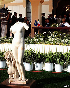 The Venus of Cyrene statue is displayed at the signing ceremony