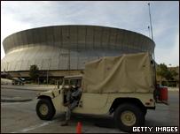 Guardia Nacional de Louisiana patrulla ante la llegada del huracán