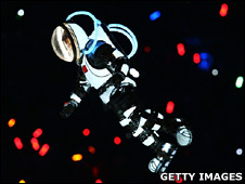 Performer in space suit during Olympics opening ceremony (Getty)