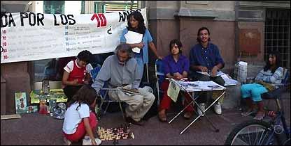 La familia expone su caso frente al Tribunal de lo Contencioso