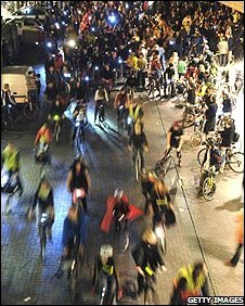 Impromptu cyclists win legal case