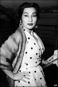Yma Súmac en 1954 en Nueva York