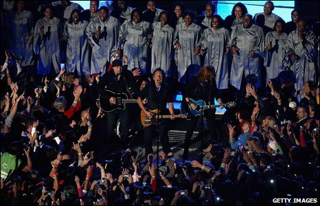E Street Band and choir