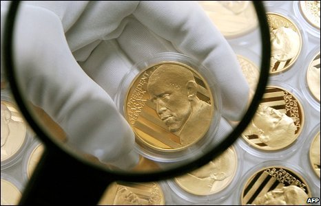 Czech commemorative medals featuring US President Barack Obama, 31 March 2009