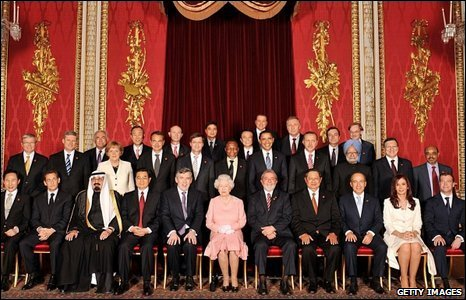 World leaders with the Queen at Buckingham Palace