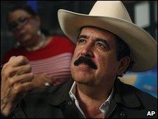 Ousted Honduran president Manuel Zelaya in Managua, Nicaragua (17 July 2009)
