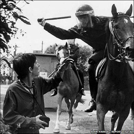 https://i0.wp.com/newsimg.bbc.co.uk/media/images/46258000/jpg/_46258403_lesley_boulton_orgreave_credit_john_harris_body2_470x470-1.jpg