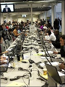 Copenhagen summit's media centre (Image: AFP)