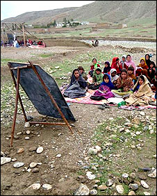 Another outdoor Afghanistan classroom.  Photo from BBC