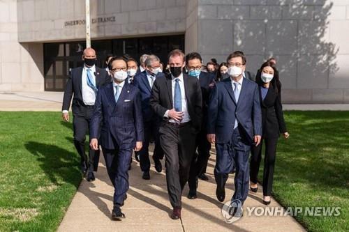 '한일 안보 실장 미국에서 따로 만나 북한 상황 논의'