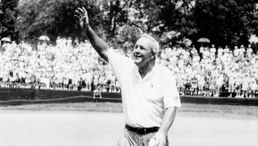 Arnold Palmer acknowledges fans at the 1994 U.S. Open. (Darrell Sapp/Post-Gazette)