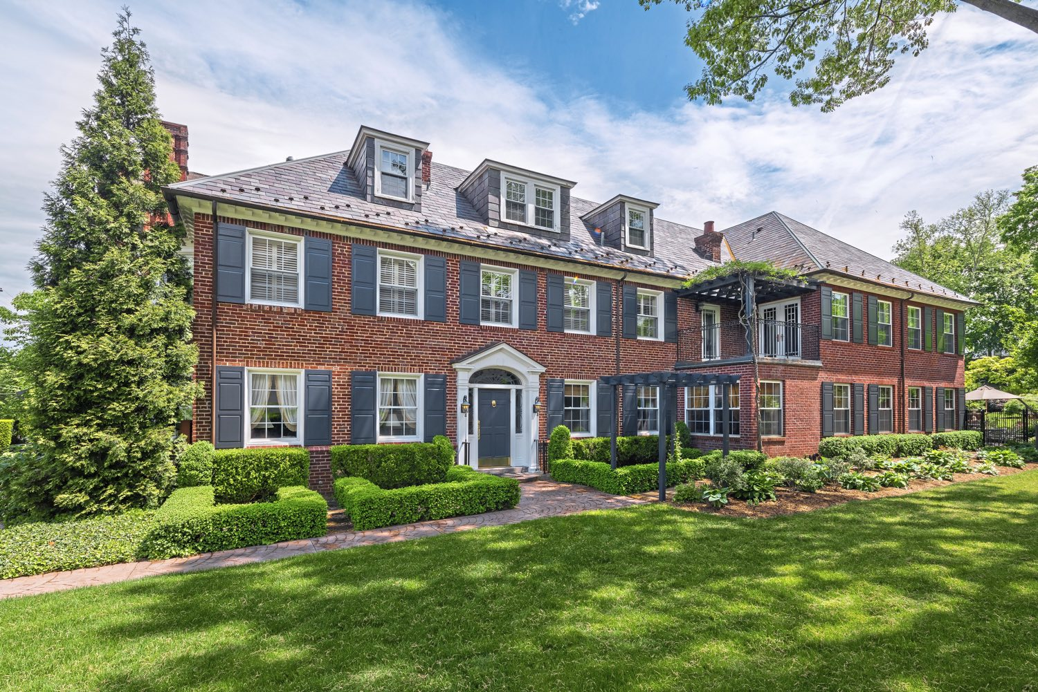 Exterior of the nearly 100 year old estate at 5228 Westminster Road, Shadyside - asking $3,450,000. (Howard Hanna Real Estate)