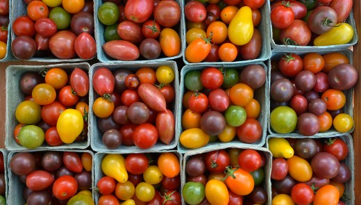 Heirloom cherry tomatoes at the Market Square farmers market, August 28, 2014. (Larry Roberts/Post-Gazette)