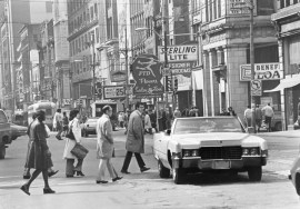 Busy Liberty Avenue, April 10, 1977 (Pittsburgh Press photo)