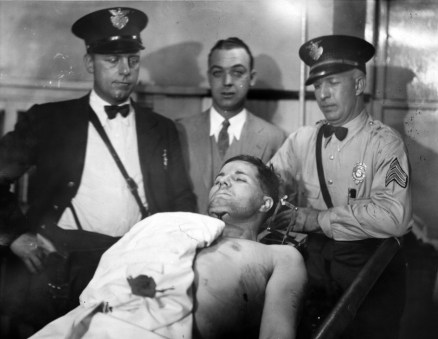 The body of Pretty Boy Floyd lies on display in a morgue in East Liverpool, Oh. Photo credit: Acme photo