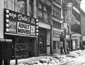 The Aardvark on Liberty Avenue in 1978. (Paul Slantis/Post-Gazette)