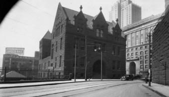 1928: The morgue at its original Diamond Street location. (Post-Gazette photo)