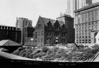Aug. 11, 1929: The morgue in transit across Fourth Avenue. (Photo credit: unknown)