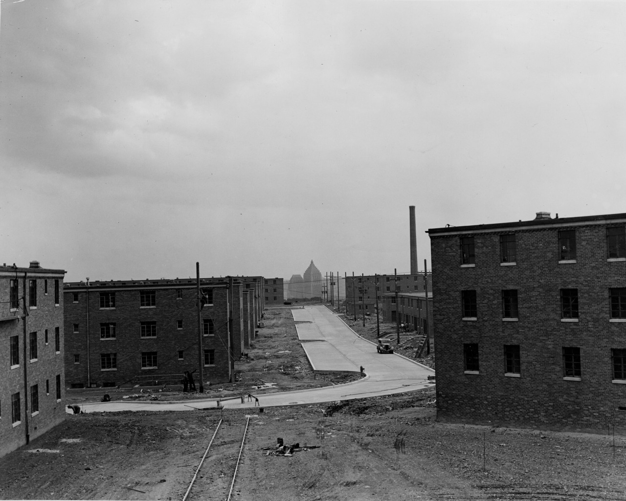 1940: A view of Bedford Dwellings with Downtown Pittsburgh and the Gulf Tower in the background. (Credit: The Pittsburgh Press)