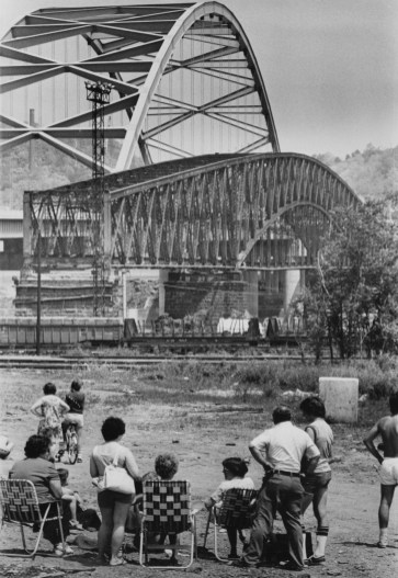 May 29, 1978: South Side residents brought out lawn chairs to watch the Brady Street Bridge drop into the Mon. (Morris Berman/Post-Gazette)