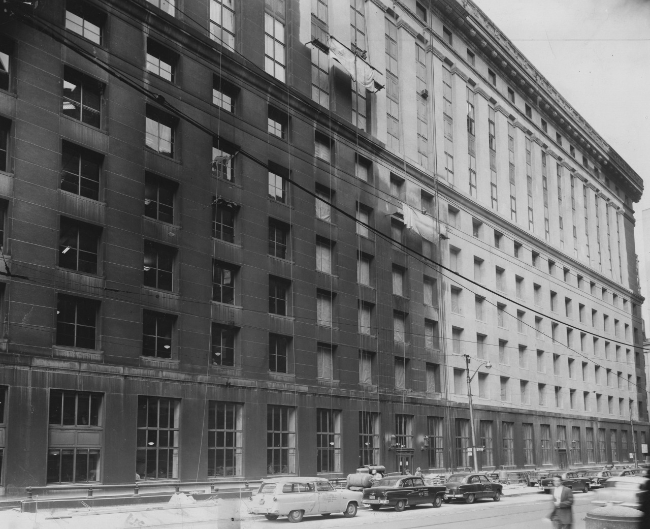 March 15, 1957: As part of the city renaissance, the City-County building needed serious cleaning. (Credit: Handout/Garry's Commercial Photographers)