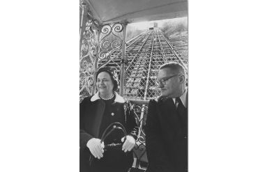 In March 1972, Anne X. Alpern rode on the Monongahela Incline with Harold Geissenheimer, assistant director of operations for the Port Authority Transit. (Edward A. Frank/The Pittsburgh Press)